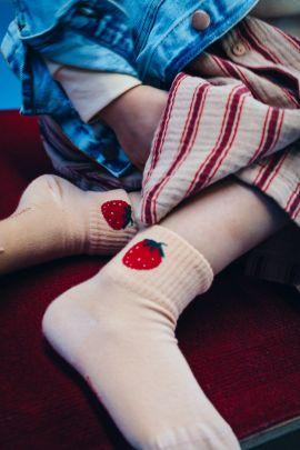 Tiny Cottons Strawberry Quarter Socks light nude/burgundy