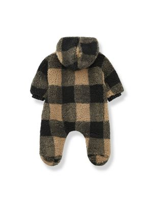 1+ in the family James Polar Suit Check